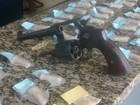 PM prende dois, recupera carro e apreende cocaína em Iguaba, no RJ