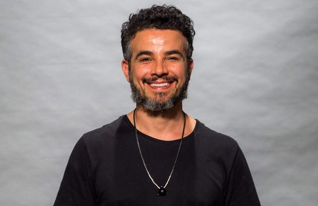 Anderson Di Rizzi viverá Juvenal, dono de uma oficina de lapidação. Será amigo de Estela (Juliana Caldas) (Foto: Globo/Raquel Cunha)