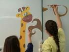 Estudantes colorem ala pediátrica de hospital de Erechim, no Norte do RS