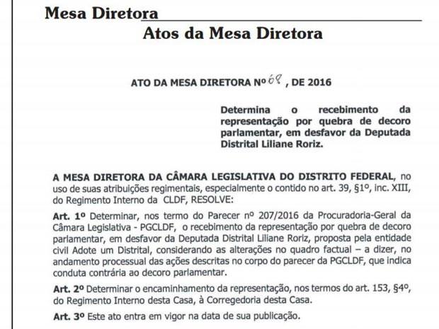 Documento da Mesa Diretora da Câmara do DF com recebimento de representação da ONG Adote um Distrital pedindo cassação do mandato da deputada Liliane por quebra de decoro parlamentar (Foto: Reprodução)