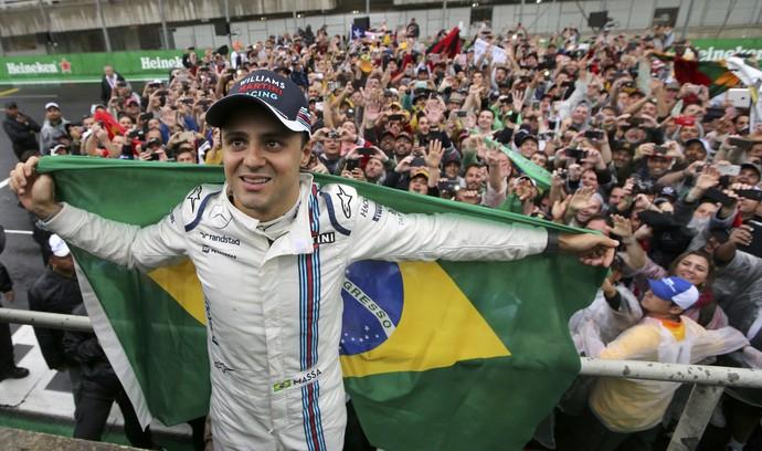 Felipe Massa torcida GP do Brasil de formula 1 (Foto: Reuters)