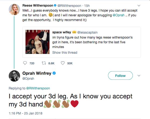 A atriz Reese Whiterspoon fazendo piada com suas três pernas na capa da Vanity Fair e uma piada de Oprah Winfrey (Foto: Twitter)