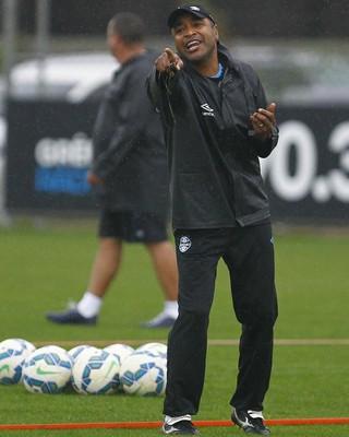 roger machado grêmio treino (Foto: Lucas Uebel/Grêmio FBPA)