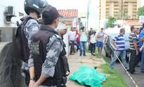 Taxista tenta fugir de assalto, mas é morto a tiros no Centro de Teresina (Ellyo Teixeira/G1)