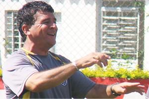 William Hauptman, ex-preparador físico da Ponte Preta (Foto: PontePress / DJota Carvalho )
