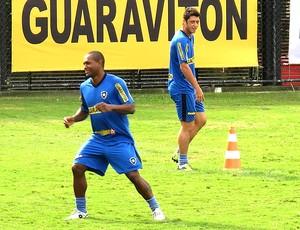 Jobson e Felipe Menezes no treino do Botafogo (Foto: Thales Soares / Globoesporte.com)