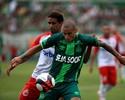 Wellington Paulista marca em estreia oficial e homenageia Bruno Rangel