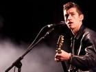 Arctic Monkeys fecha palco principal com consagração de Alex Turner