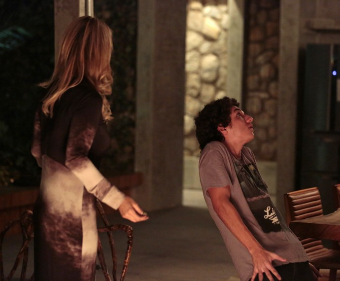 Bruno passa mal antes de Pia (Foto: Felipe Monteiro / Gshow)