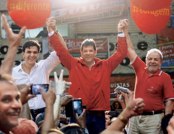 Convenção Oficial Partidária que lançou a chapa que concorrerá à prefeitura da cidade de São Paulo (SP) com Fernando Haddad (PT) como pré-candidato (Foto:   Jales Valquer / Fotoarena / Agência O Globo)