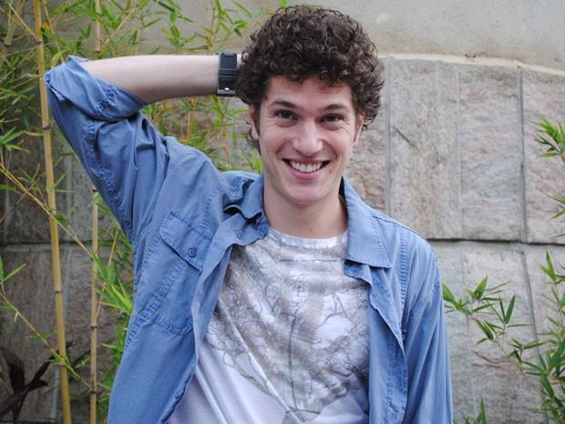 Caio Paduan gosta dos cachinhos de Gabriel (Foto: Malhação / Tv Globo)