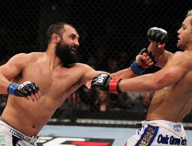 UFC Josh Koscheck x Johny Hendricks (Foto: Getty Images)
