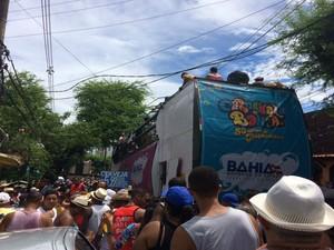 Multidão compareceu a tradicional festa no penúltimo dia de festa em Salvador (Foto: Rafael Teles / G1)