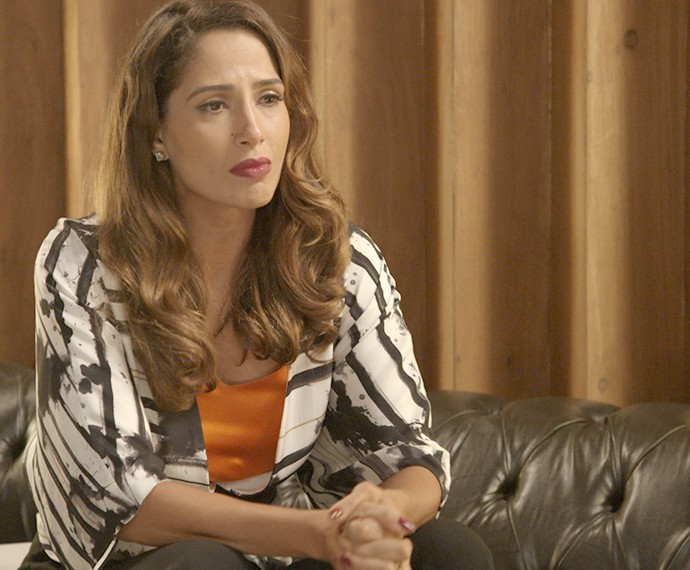 Regina tem conversa com Inês (Foto: TV Globo)