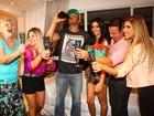 Ex-participantes do 'Big Brother Brasil' se reúnem para assistir à estreia da 14ª edição do programa