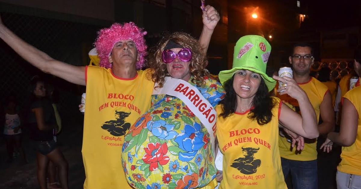 Bloco Vem Quem Quer homenageia terceira idade no carnaval de ... - Globo.com