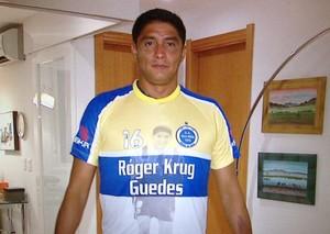Jardel com camisa do Vila Nova (Foto: Reprodução)
