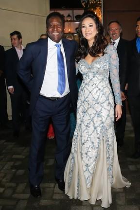 Pelé se casa com a empresária Marcia Cibele Aoki no Guarujá, litoral sul de São Paulo (Foto: Manuela Scarpa e Marcos Ribas/ Brazil News)