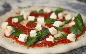 Receita de pizza sem glúten com tofu