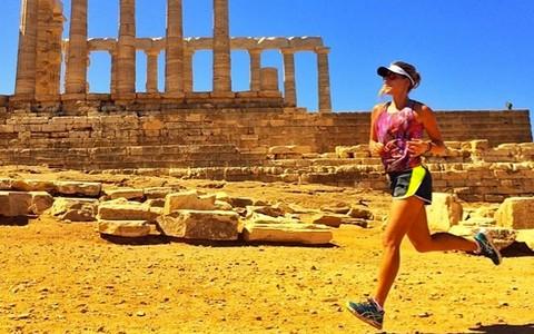 De férias, Carol Buffara mostra como mantém a rotina saudável em viagens