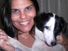 'Dorme no meu quarto', diz veterinária que adotou cadela de duas patas