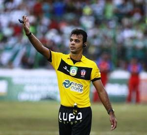 Andrey da Silva e Silva, árbitro paraense (Foto: Marcelo Seabra/O Liberal)