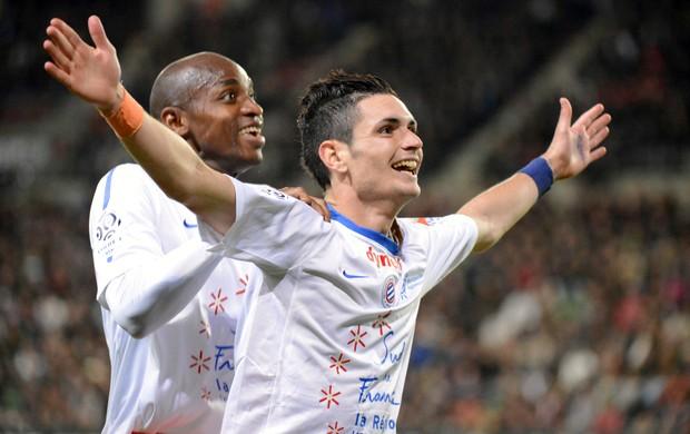 Remy Cabella comemora gol do Montpellier sobre o Rennes (Foto: AFP)