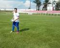 Fora de forma e perto de casa, Jean Chera ainda busca sonho no futebol