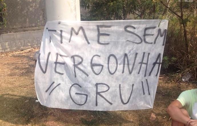 torcida corinthians protesto (Foto: Andre Hernan)