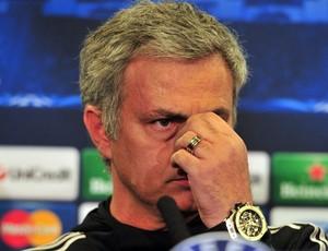 Mourinho coletiva Chelsea (Foto: AFP)