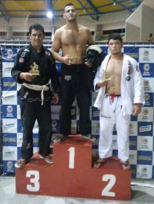 João Nogueira e Victor Amorim garantem sobradinha no 2º Open Paulo Afonso de Jiu Jitsu (Foto: Adenilson Higino / Arquivo Pessoal)