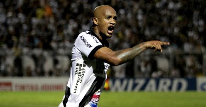 Alexandro Ponte Preta Paraná Clube (Foto: Victor Hafner / Ponte Preta)