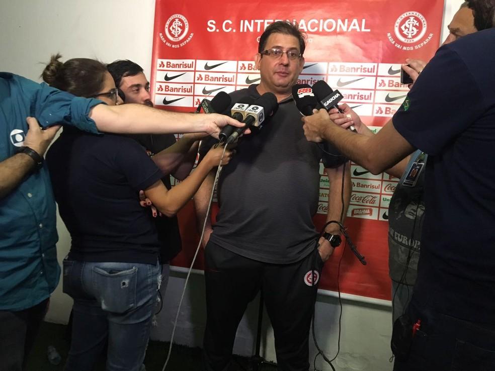 Guto Ferreira tenta colocar o Inter no G-4 da Série B  (Foto: Marcos Westermann)