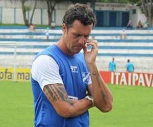 Andrezão Treinador Rio Branco-SP (Foto: Caíque Toledo/EC Taubaté)