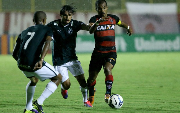 Richarlyson Vitoria x Goiás (Foto: Getty Images)