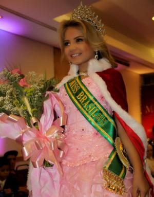 Ana Clara vai disputar o Mini Miss Universo no fim deste ano (Foto: Arquivo Pessoal)