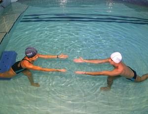 Movimentos relaxantes auxiliam na eliminação do estresse - hidroterapia eu atleta (Foto: Arquivo Pessoal)