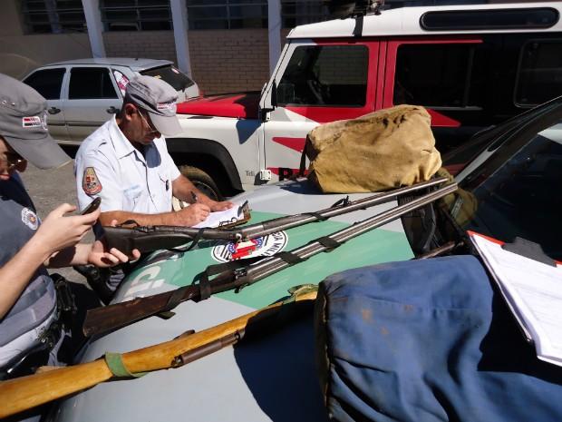 Apreensão foi feita pela Polícia Ambiental. (Foto: Divulgação / Polícia Ambiental)