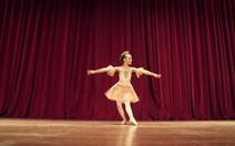 Grupo diz se pai e mãe devem deixar bailarina viver longe