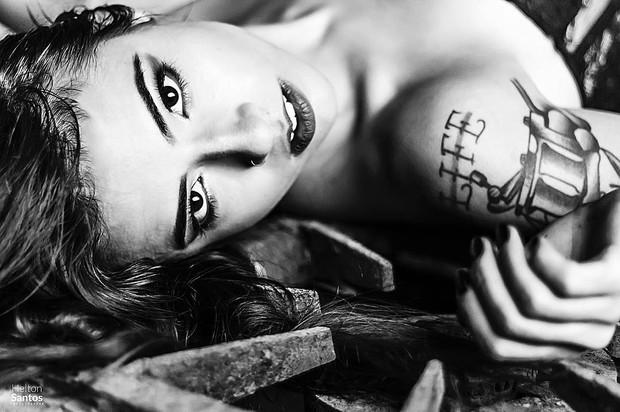 Maria Luiza, filha mais velha de Paloma Duarte, posa em ensaio sensual (Foto: Instagram / Reprodução)