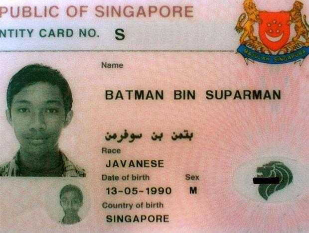 Batman bin Suparman foi condenado na segunda-feira (11) a dois anos e nove meses de cadeia em Cingapura (Foto: Reprodução/Facebook)