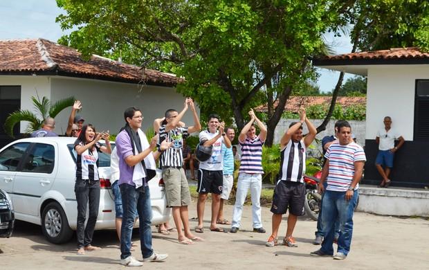 torcida do botafogo-pb, botafogo-pb, maravilha do contorno,  (Foto: Lucas Barros  /Globoesporte.com/pb)
