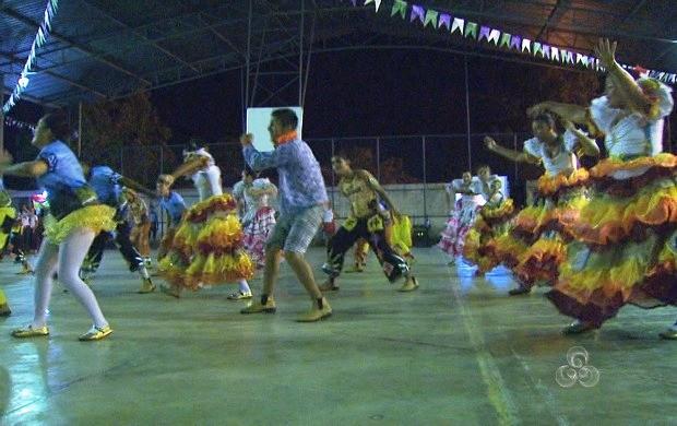 Apresentação de quadrilha junina animou a V Mostra Pedagógica  (Foto: Roraima TV)