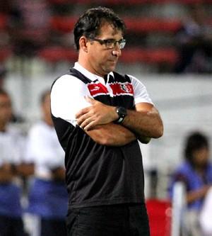 Marcelo Martelotte Santa Cruz x América-MG Série B (Foto: Aldo Carneiro / Pernambuco Press)