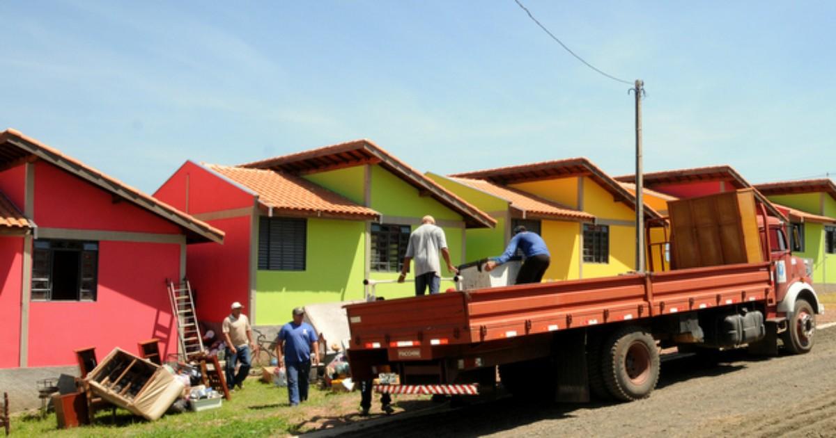 Piracicaba remove 5% das famílias da favela do Cantagalo para ... - Globo.com