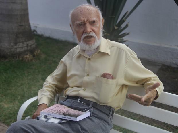 Poeta Nauro Machado (Foto: Flora Dolores/O Estado)