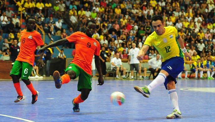 Brasil x Zâmbia - Grand Prix de Futsal (Foto: Ricardo Artifon/CBFS)