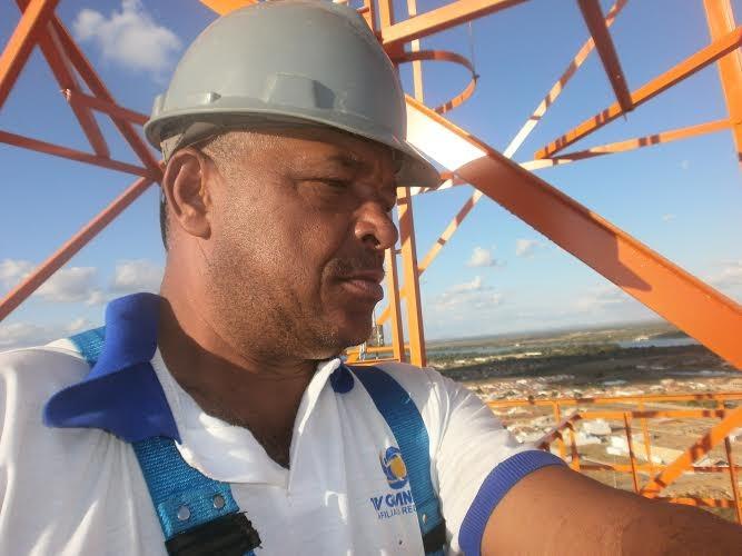 Paulão é eletricista da TV Grande Rio (Foto: Arquivo Pessoal)