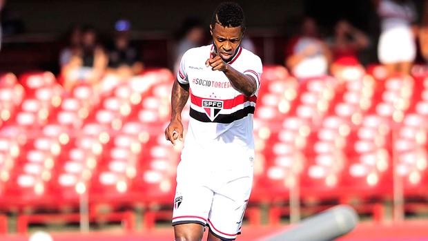 Michel Bastos comemora gol do São Paulo contra o Audax Osasco (Foto: Marcos Ribolli)