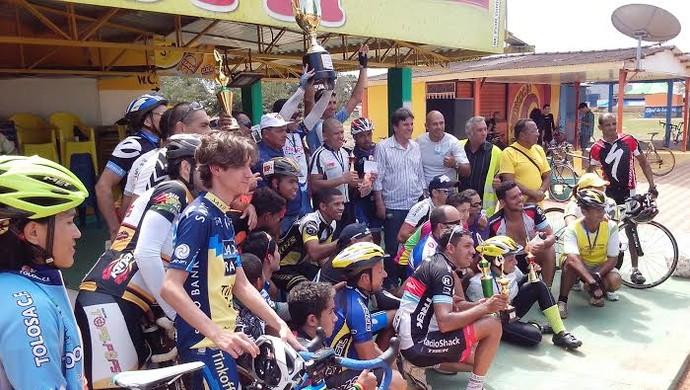 Prova vale pelo Campeonato Rondoniense de Ciclismo (Foto: Fotos de Cleilson Sales/ TV Guajará)